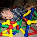 Constructive Toys - Magneatos