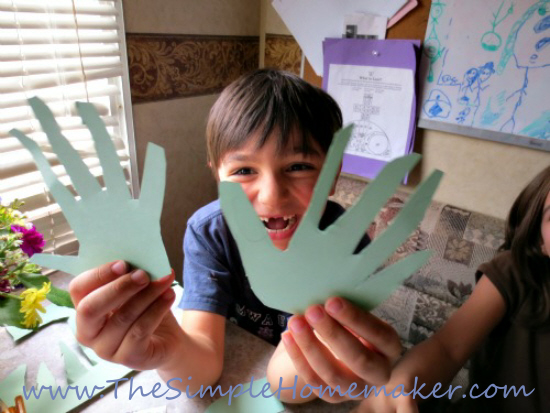 How To Mail A Hug - 10-step picture tutorial from The Simple Homemaker's children