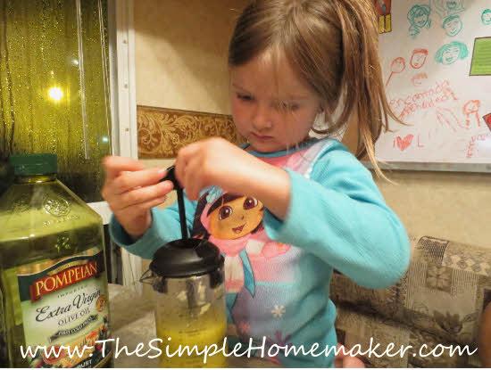 Homemade Salad Dressing Recipe - Italian Dressing | The Simple Homemaker