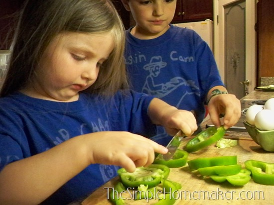 How To Create a Natural Learning Environment at Home for Preschoolers and Kindergartners
