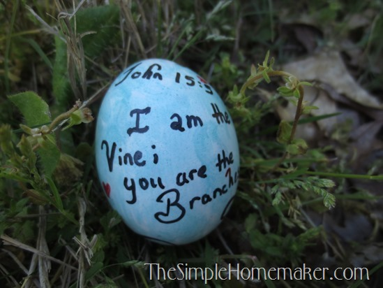 Creative Easter Eggs With or Without Dye